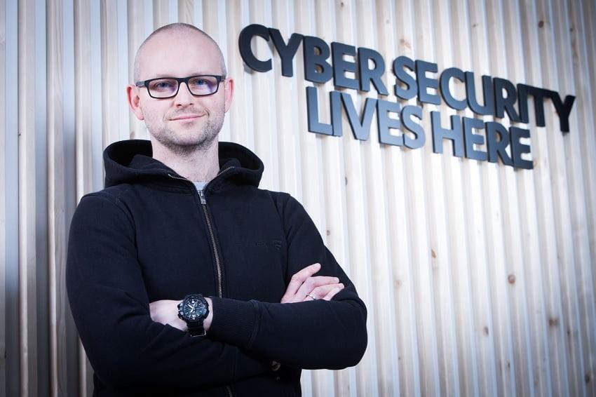 tasiemski-cyberbezpieczenstwo