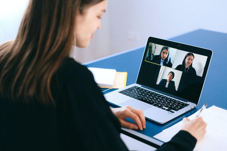 bezpieczna wideokonferencja